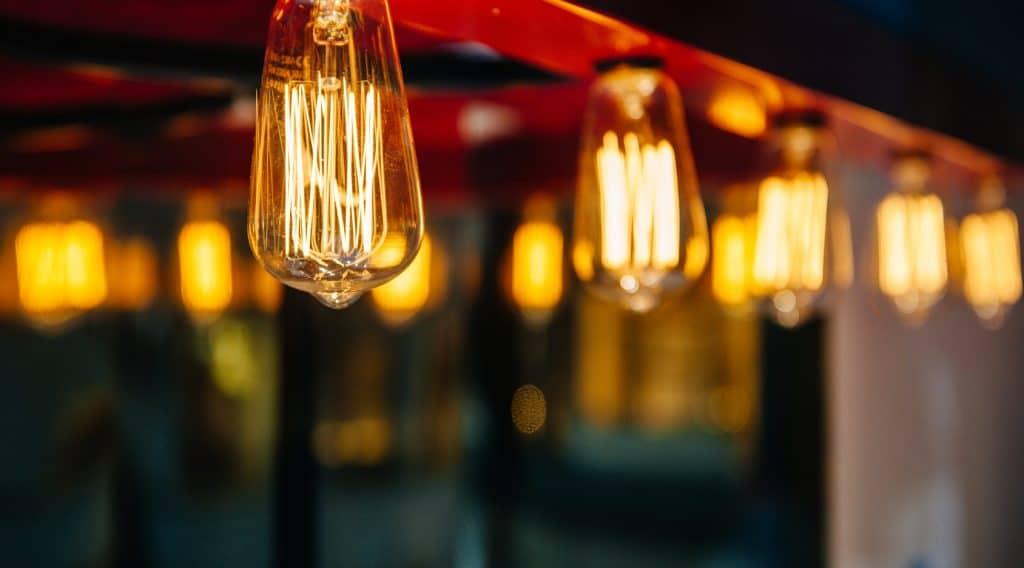L'ampoule LED est-elle meilleure que l'ampoule halogène?