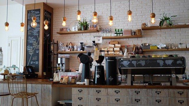 Quand un café passe aux ampoules Led
